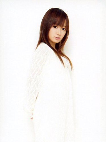 konno-angel-in-white